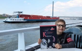 Космос: новая книга детям и 55 лет со дня первого полета!